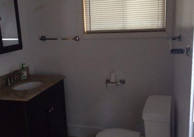 136 Fayette bathroom