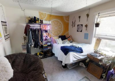 222 bedroom 10