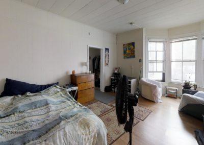 222 bedroom 4 4