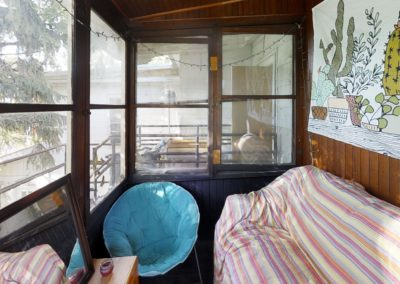 222 bedroom 9 porch 2